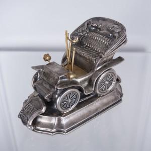 FIAT - Pełnoplastyczny model pierwszego samochodu marki Fiat, produkowanego w Turynie, w latach 1899-1900